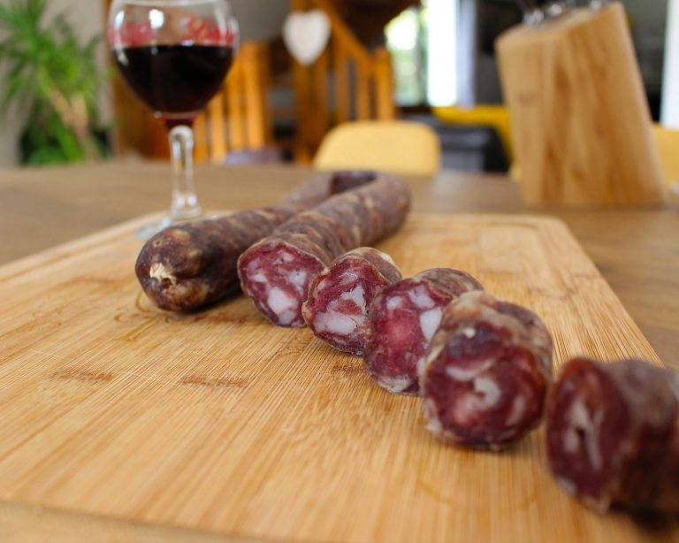 Saucisse sèche artisanale d'Aveyron avec La Ferme d'Ambias