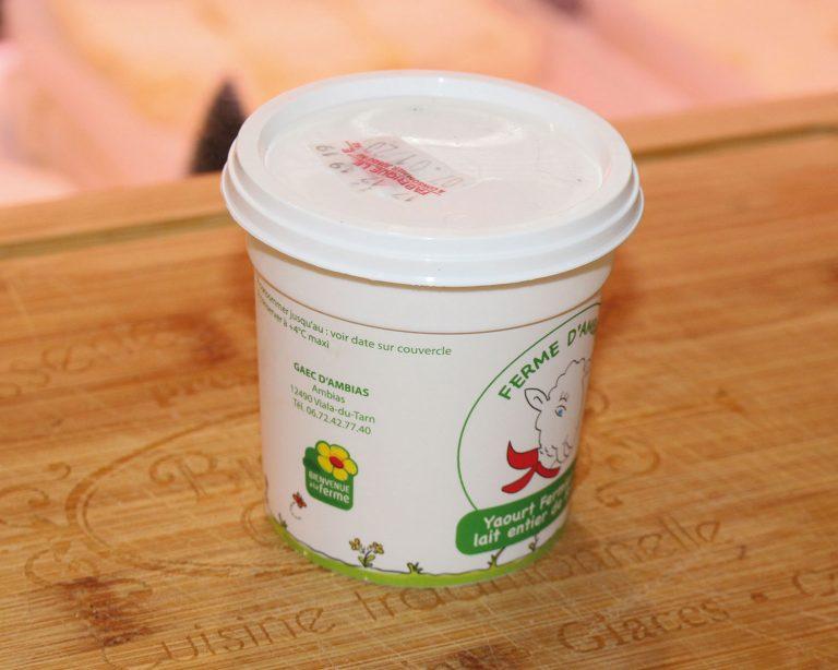 Fromage Yaourt au lait de brebis sur la boutique en ligne de la Ferme d'Ambias à Gaec